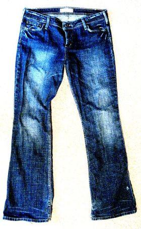 Jeans2_368px-Denimjeans