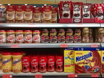 Supermarkt_796px-Productos_de_cacao_y_chocolate_en_polvo